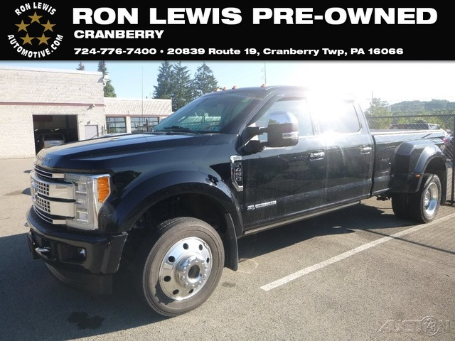 Pre-Owned 2017 Ford F-450SD Platinum