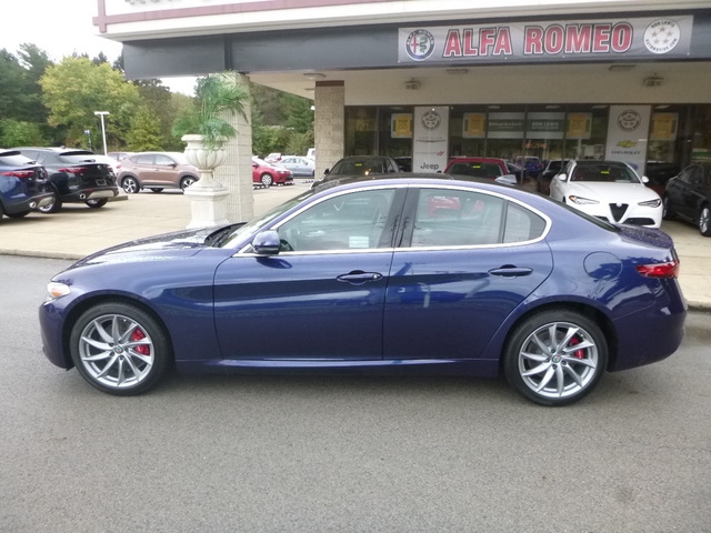 New 2019 Alfa Romeo Giulia Sedan In Cranberry Township A9003 Ron