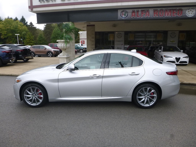 New 2019 Alfa Romeo Giulia Sedan In Cranberry Township A9010 Ron